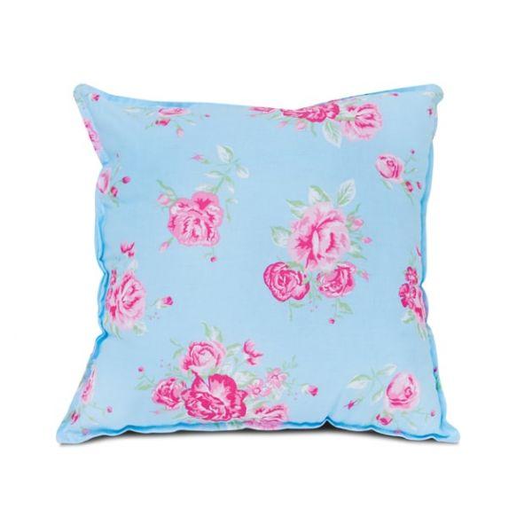 pillow fun with mum