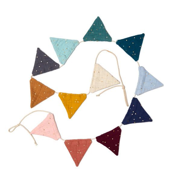Garland - Rainbow Triangle