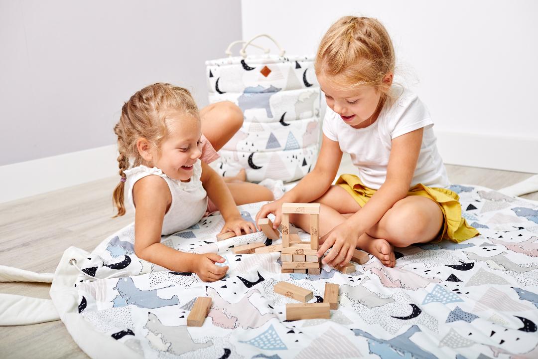 Zabawki w pokoju dziecięcym - jak je przechowywać?