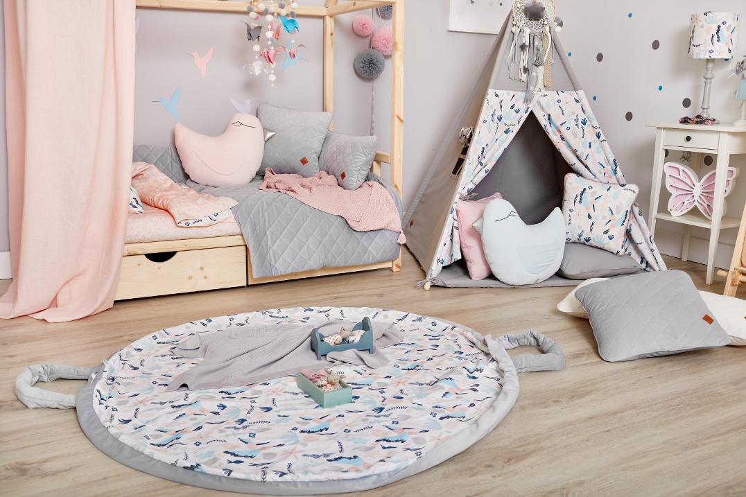 Tkaniny do pokoju dziecięcego, które ocieplają wnętrze